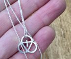 Trinity-necklace-ketting 3